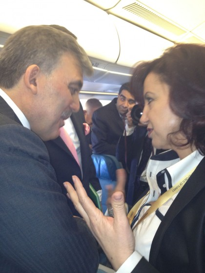 President Gül in conversation with Semiha Ünal during his visit to the Netherlands in April 2012